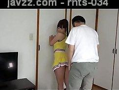 Ass-Free Amateur Rubbing Her Big Ass Pounds