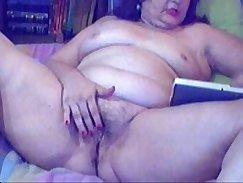 Beautiful granny toys her narrow twat on webcam
