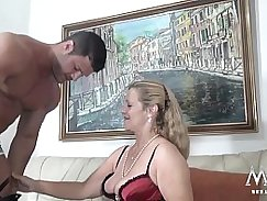 Jasmine stripping from granny