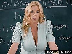 Busty ASSs Bailey Brooke Quinn fucks for her school secretary