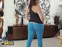 MILF Sara Jay Shows Off Her Big Phat Ass and Makes an Affair