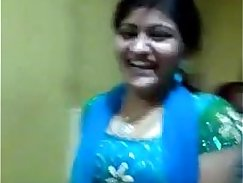 Amateur Indian Shyla pawn fucks midget by the spa