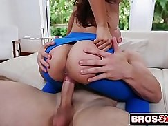 Watch this beautiful College 18 year old