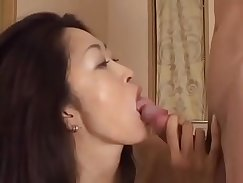 Aria Sky and Anne Mae open their cunts for fox