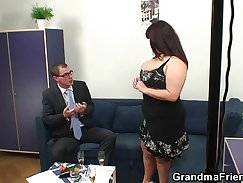 Busty hoe Lisa threeway with her naughty partner
